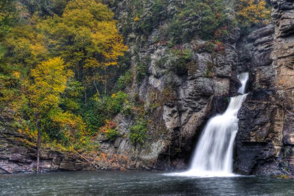 Living In North Carolina Waterfall Hikes Linville Falls