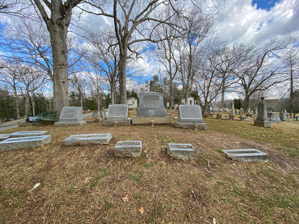 Wolfe Family Tombstones W.O. and Julia Wolfe alongside Thomas Wolfe at Riverside Cemetery